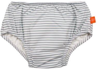Mitä järkeä on vauvojen uimavaipoissa? Vaippa sieppaa kakan – mutta bakteerit leviävät silti veteen
