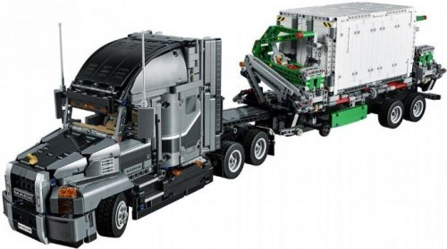 Mack Anthem (LEGO Technic 42078)